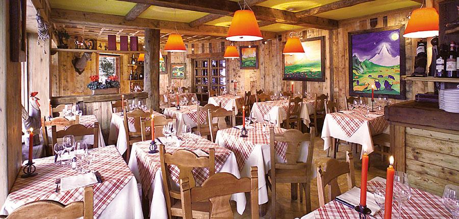 Italy_Cervinia_Hotel_grivola_resturant.jpg